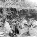 Sud-Kivu province (Democratic Republic of the Congo), men digging in old lava flow