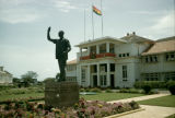 Ghana, statue of Kwame Nkrumah in front of Parliament House of Ghana in Accra
