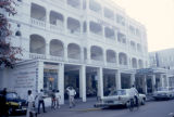 Kenya, street scene in front of Castle Hotel in Mombasa