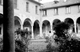Italy, courtyard of building in Milan