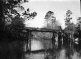Macclenny (Florida), bridge crossing river