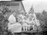 Duxbury (Massachusetts), Helen Ripley Clapp seated left with group of small children