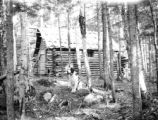 Piscataquis county (Maine), log cabin at camp on Mount Katahdin