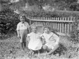 Hanover (New Hampshire), young children in garden