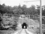 Licking County (Ohio), railroad tunnel at Blackhand Gorge