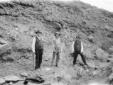 Platte County (Wyoming), men in rocky landscape near Wheatland