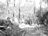 New South Wales (Australia), group gathers for lunch at Lodden Falls