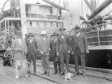 Fremantle (Australia), group of men preparing for Kimberley oil expedition