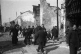 Changde (China), townspeople walking among the ruins after the Battle of Changde