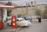 Damascus (Syria), men and cars at a gas station