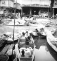 Bangkok (Thailand), selling produce from boats on canal