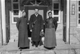 Lanzhou (China), Harrison Forman and unidentified Chinese men