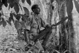 Malaysia, Gurkha trooper in jungle during Malayan Emergency