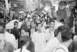 Hong Kong (China), people in a crowded business district