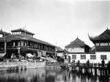 Shanghai (China), view of the old city and Bridge of Nine Turns from nearby Hustinting Tea House