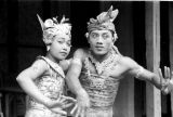 Indonesia, female and male dancers at performance in Bali