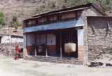 Pokhara (Nepal), shops made of stone