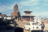 Bhaktapur (Nepal), two temple structures