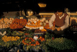 Istanbul (Turkey), produce stand