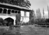 Srinagar (India), ancient Mogul Empire garden