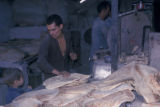 Esfahan province (Iran), man making flatbread in bakery