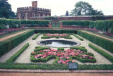 London, Hampton Court Palace gardens