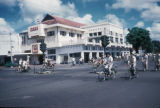 Surabaya, street scene with bicycle traffic