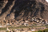 Kabul, residential area at foot of mountain