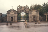 Adis Abeba, gate to Jubilee Palace