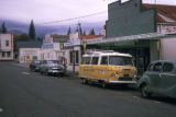 Queenstown, street scene in tourist area