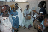 Dakar, storyteller with women