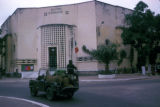 Brazzaville, jeep in front of city hall