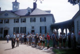Washington, suburban Mount Vernon, sightseers at historic estate