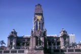 Durban, monument in front of City Hall