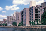 New York, Manhattan, waterfront apartments on Roosevelt Island