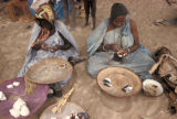 Timbuktu, women stringing beads