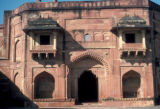 Fatehpur Sikri, Jodh Bai's Palace with jharoka projecting windows
