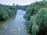 Milwaukee River Riverwest, looking south from Capitol