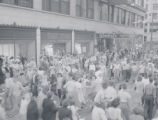 West Wisconsin Avenue, celebration of V-J Day