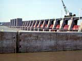Dam on the Mississippi river in Alton, Illinois.