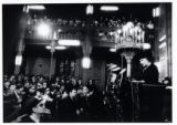 1972: Golda Meir in Bucharest Synagogue