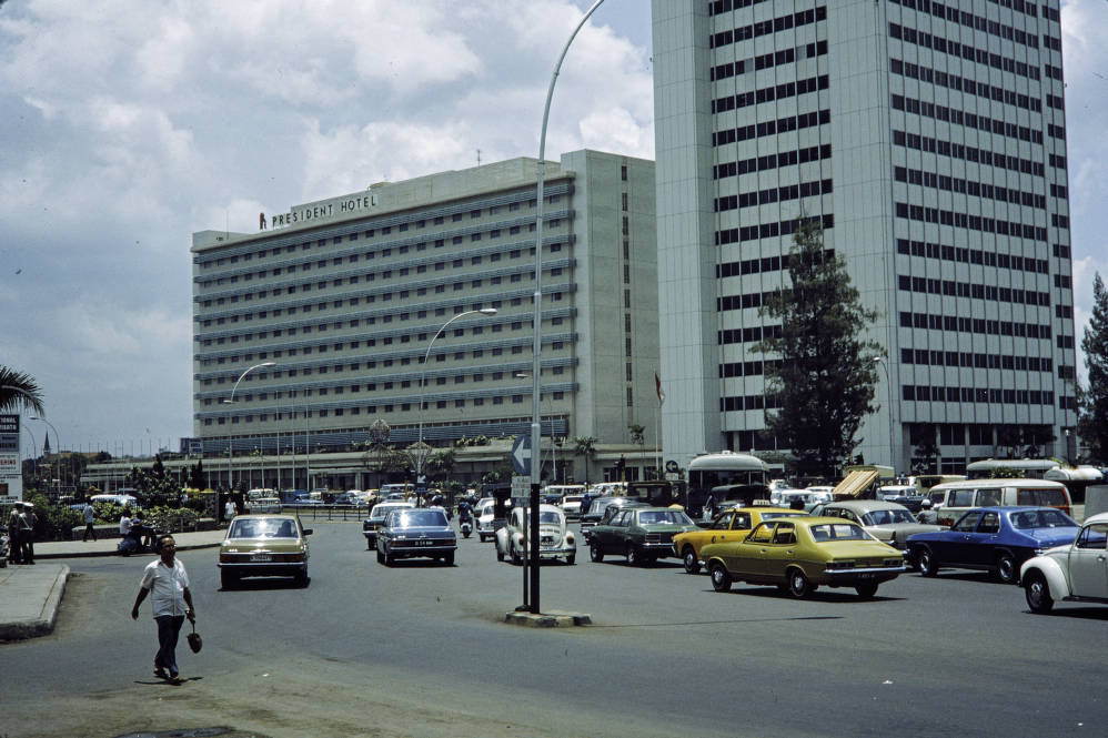 Indonesia President Hotel In Jakarta Agsl Digital Photo Archive Asia And Middle East Uwm Libraries Digital Collections